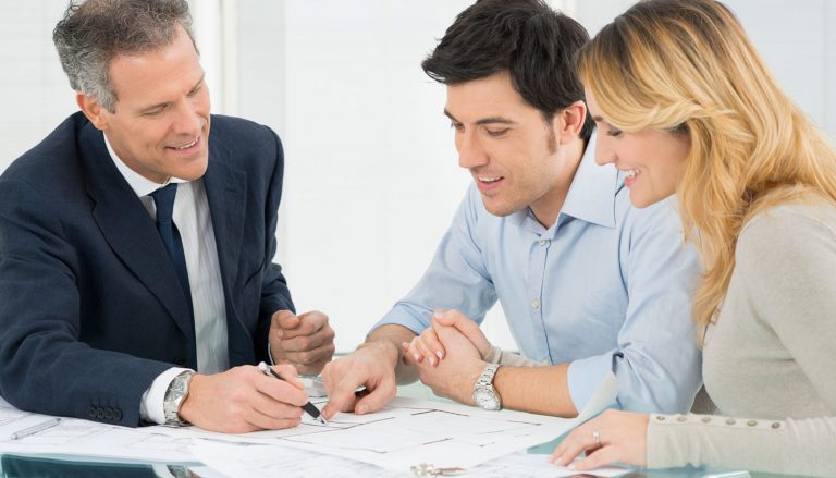 How to Choose the Right Financial Planner